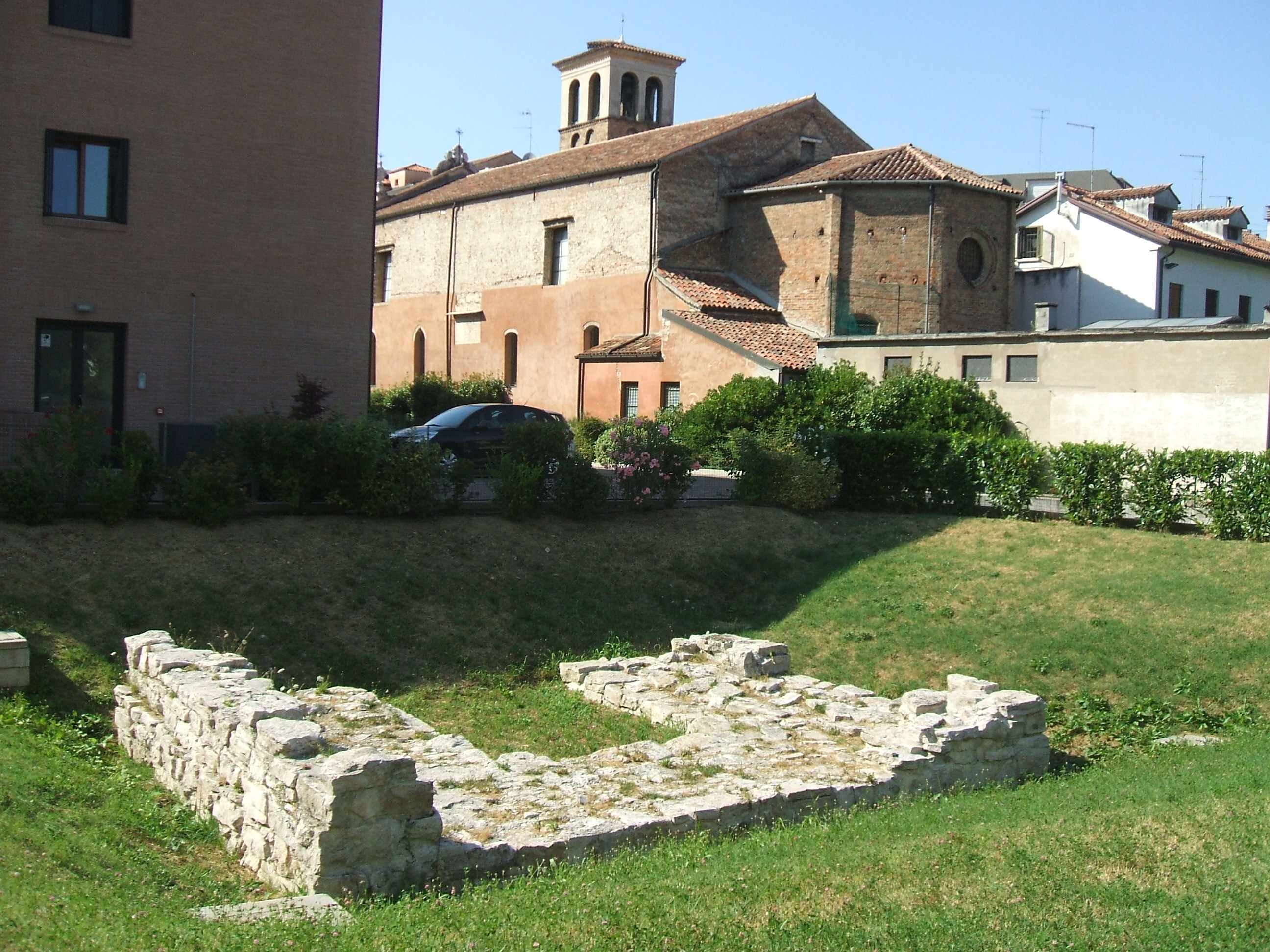 Torresino del XIV secolo in Parco Ponci a Mestre